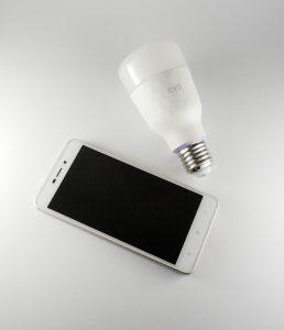 Le migliori lampadine smart da interno
