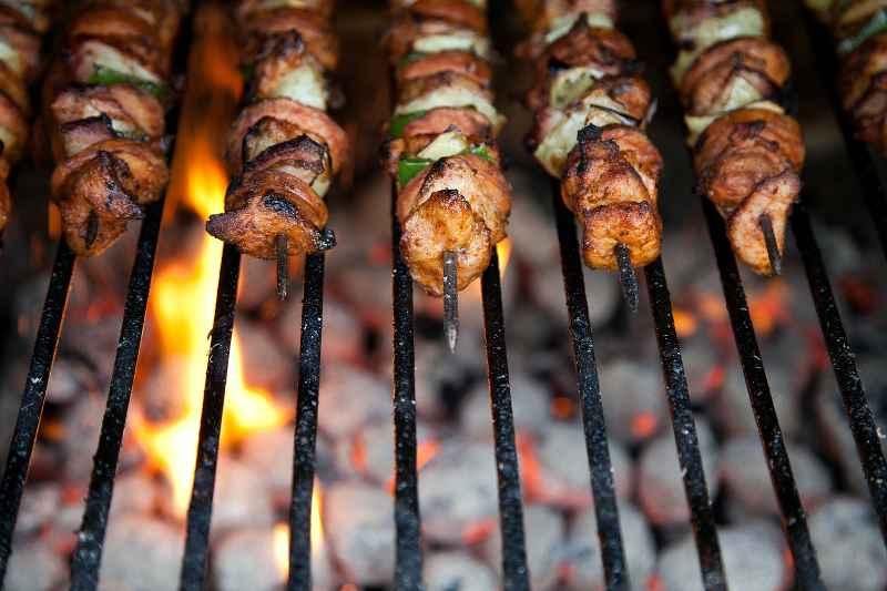 Carne Arrosto su Barbecue a Carbonella