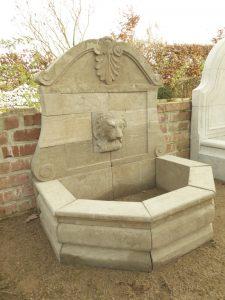 migliori fontane in pietra naturale per il giardino