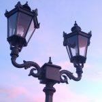 Doppio Lampione in Ghisa da Giardino
